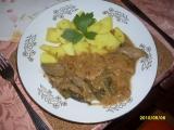 Vepřové plátky s krůtími játry a fazolkami recept