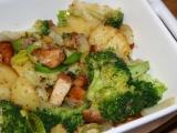 Zapečené brambory s brokolicí a kuřecím masem recept ...