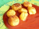 Bramborovokvětákové kouličky s rajským sosem recept ...