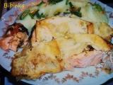 Vypečený losos s koprem a uzeným sýrem recept