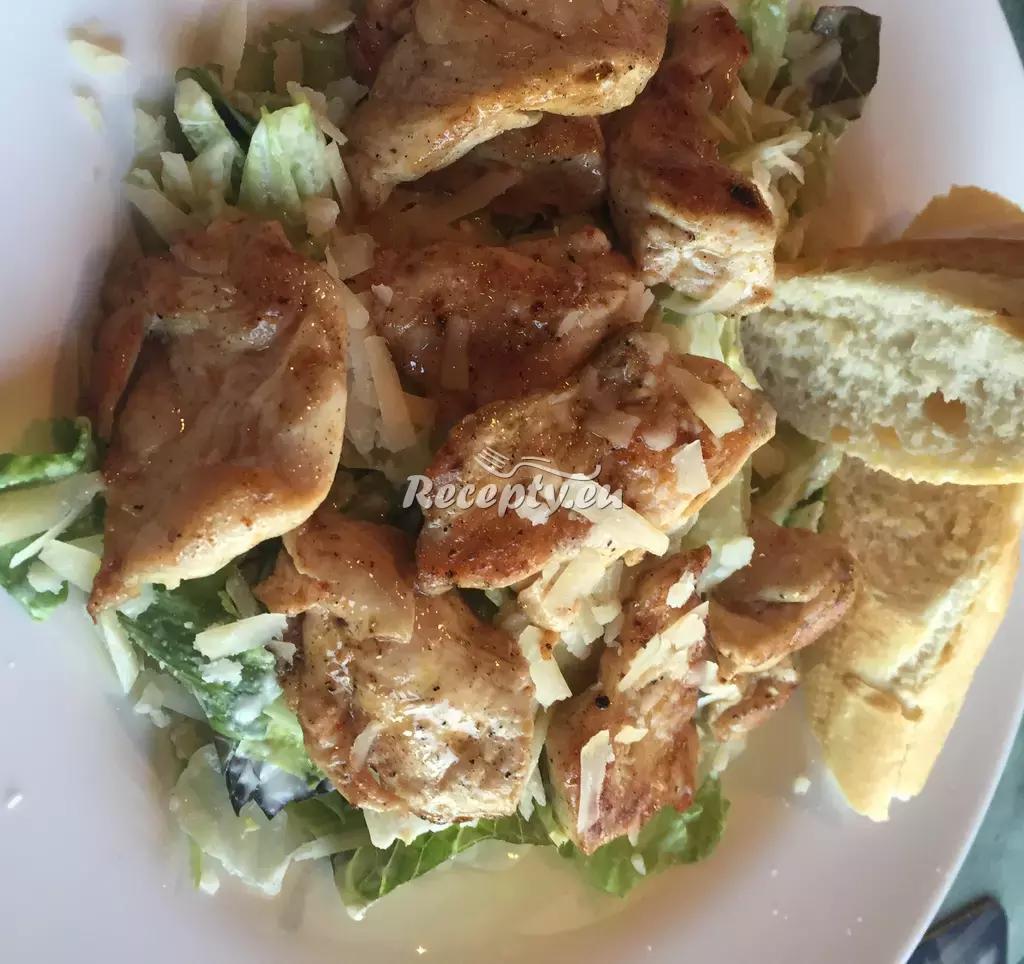 Salát Caesar recept  saláty