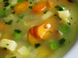 Letní polévka s hráškem recept