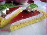 Mandlový koláč s jahodovým krémem a želé recept