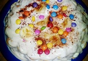 Nepečený banánovo/lentilkový dort