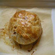 Zapečený hermelín v listovém těstě recept