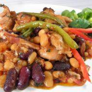 Kuřecí kousky s fazolemi recept