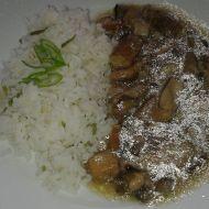 Vepřové kostky na houbách s rýží recept