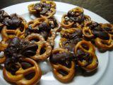 Slané čokoládové preclíky recept