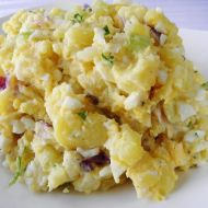Bramborový salát s vejci a řapíkatým celerem recept