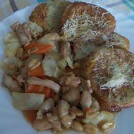 Kuřecí kung-pao s bramborovými placičkami recept