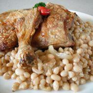 Pečená kuřecí stehna s bílou fazolí recept