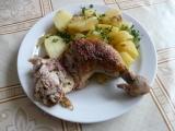Plněná kuřecí stehna uzenou nádivkou recept