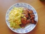 Pečená kuřecí stehna na víně se smaženou rýží recept ...