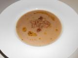 Kaštanová polévka s chilli olejem recept