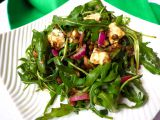 Salát ze zelené čočky s rukolou a roquefortem recept