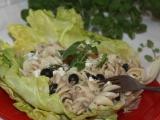 Těstovinový salát s tuňákem a bylinkami recept