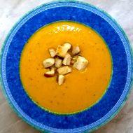 Dýňová krémová polévka s kari recept