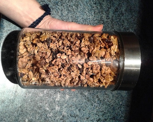 Domácí pomerančová granola s hořkou čokoládou recept ...