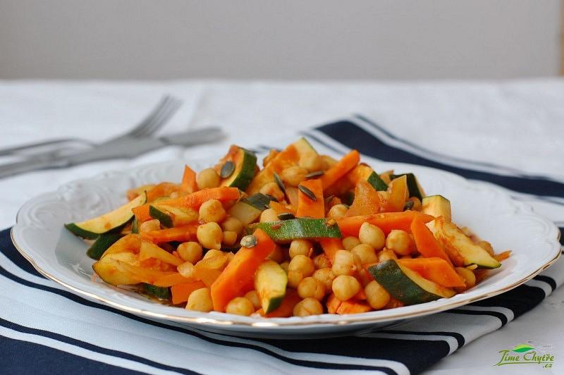Cizrna na kari se zeleninou recept