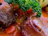 Pečená vepřová plec s karotkou a bramborem recept