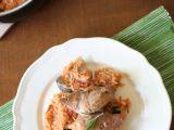 Krůtí stehna z jednoho hrnce se zeleninou, rozmarýnem a basmati rýží