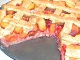 Broskvovo-rybízový mřížkový koláč recept