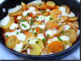 Brambory s rajčatovou omáčkou a mozzarellou recept