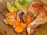 Kuře pečené na mrkvi a anglické slanině recept