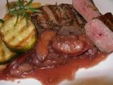 Jelení steak se švestkovou omáčkou recept