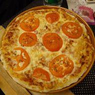 Domácí pizza se šunkou recept