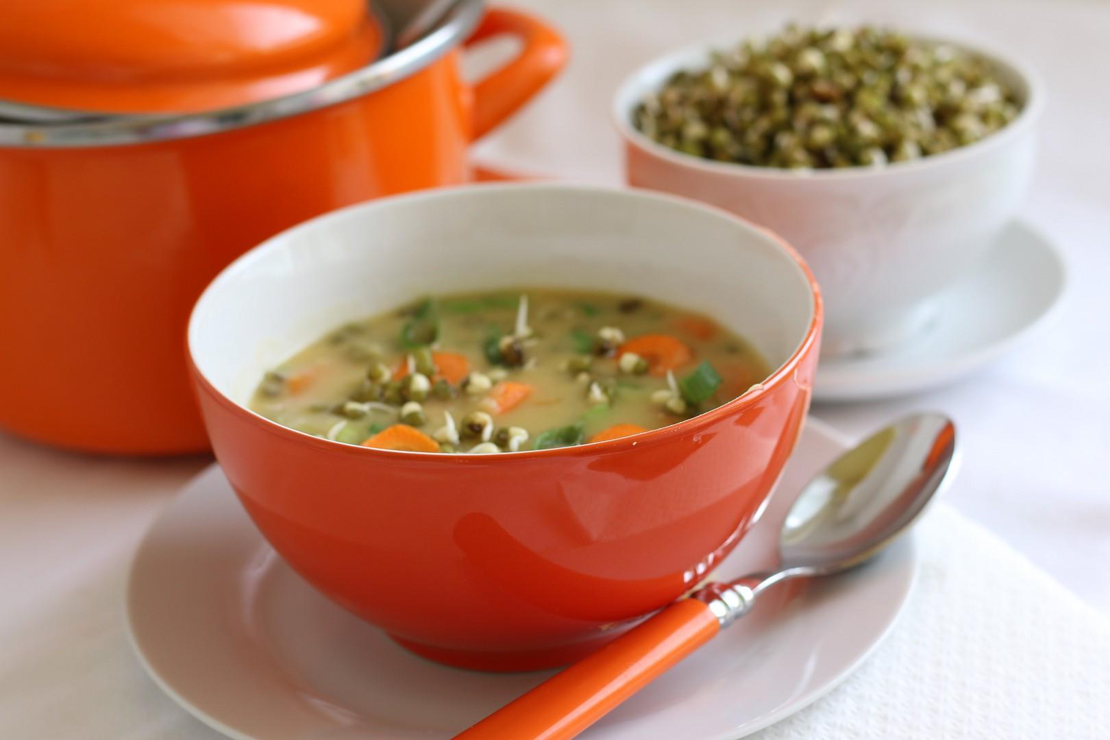 Hrachová polévka s hráškem recept