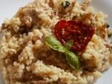 Krémové krůtí rizoto s kotrčem kadeřavým recept