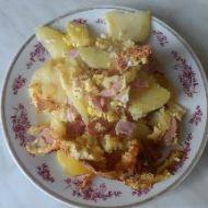 Zapečené brambory s uzeným masem či klobásou recept