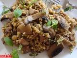 Krůtí stehno s houbami a špaldovými kroupami recept