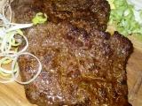 Steaky na prkýnku s oblohou recept