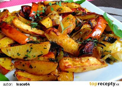 Pečená dýně s bramborami, pórkem a česnekem recept ...