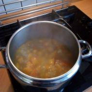 Dýňová polévka s chilli recept