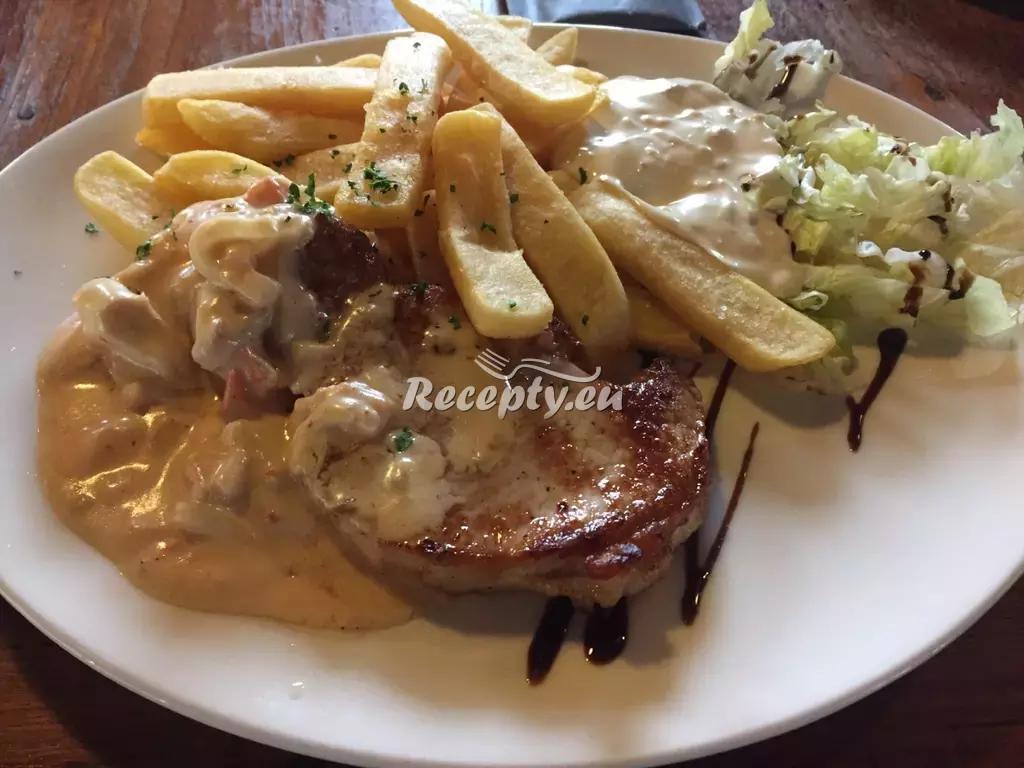 Vepřové steaky s ananasem a zázvorem recept  vepřové maso ...
