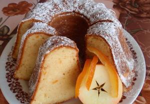 Tvarohová bábovka s kandovaným pomerančem (citronem ...