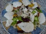 Salát s uzeným úhořem a zálivkou recept