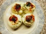 Plněná vejce sýrovou hmotou recept