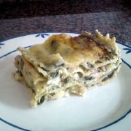 Lososové lasagně se špenátem a kozím sýrem recept