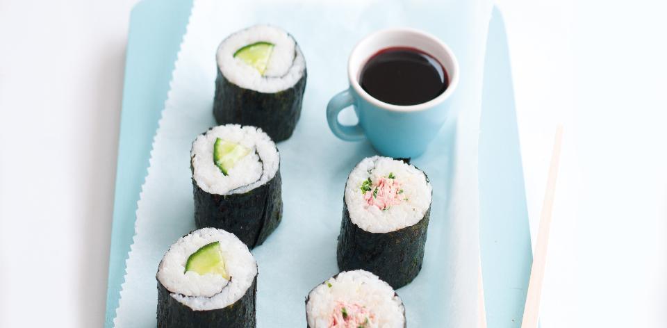 Suši s okurkou a tuňákem