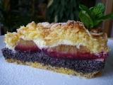 Křehký koláč s mákem, tvarohem a švestkami recept