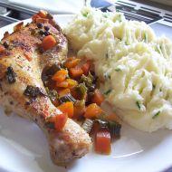 Kuřecí stehna pečená na zelenině recept