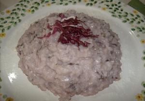 Krémové rizoto s čekankou a zrajícím sýrem