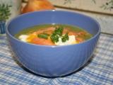 Špenátový krém s uzeným lososem a ztraceným vejcem recept ...