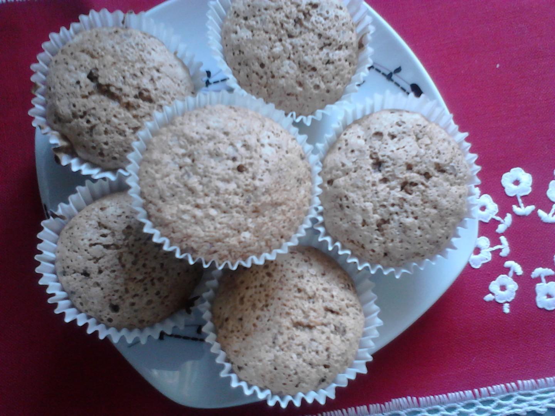 Ořechové muffiny s čokoládou recept