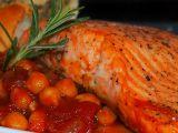Losos s rajčatovo-cizrnovou omáčkou recept