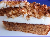 Ořechový koláč s ořechovým obláčkem recept